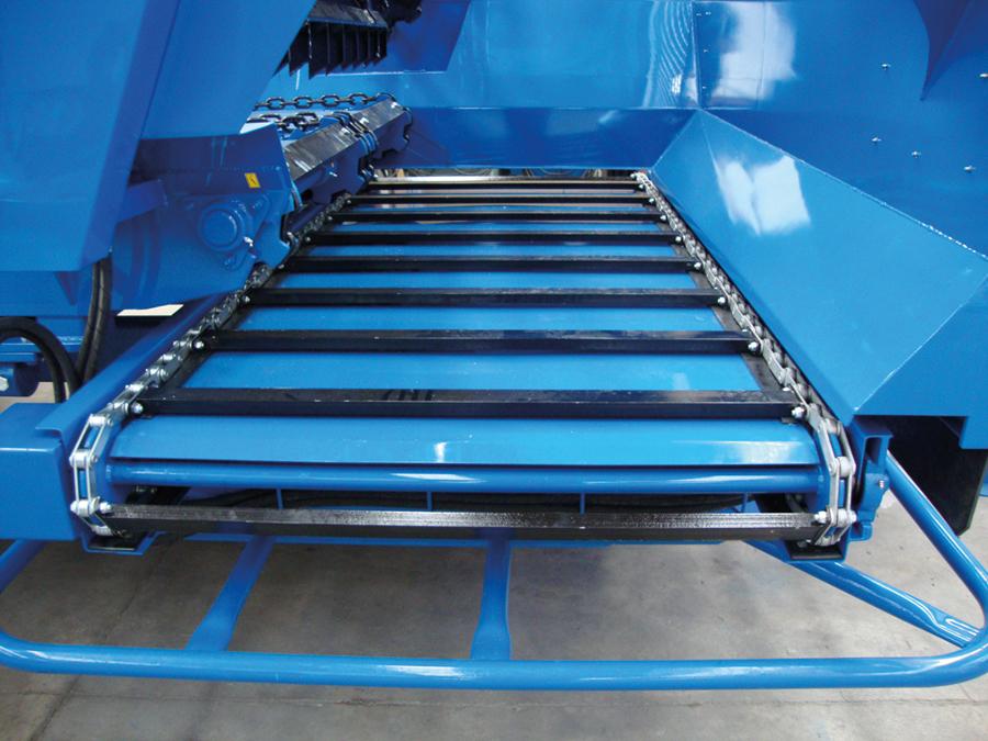 McIntosh Farm Machinery: Beater Wagons